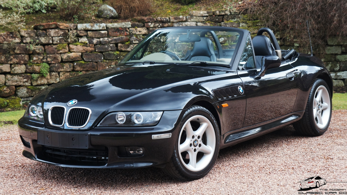 1998 BMW Z3 2.8 ROADSTER MANUAL 15 Stamp Service Record Exceptional  Condition High Specification